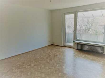Modernisierte & schöne 2-Zimmer Wohnung mit neuer Küche in ruhiger Lage