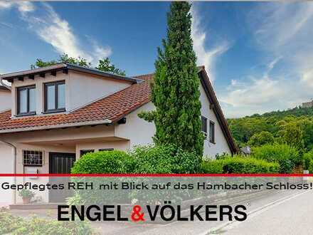 Gepflegtes REH in gefragter Lage mit Blick auf das Hambacher Schloss!
