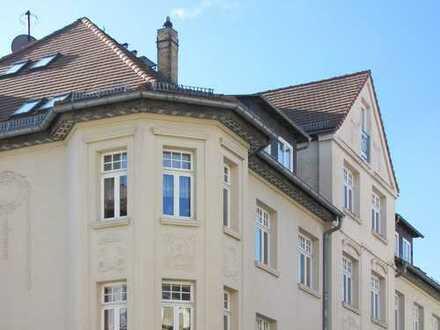 Noch diesen Herbst einziehen: Dachgeschosswohnung mit Balkon