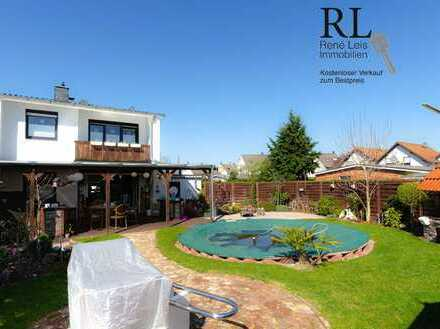 Modernes Reiheneckhaus mit großem Pool, Außenküche und vielen Extras auf Erbpachtgrundstück