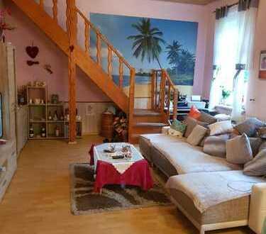 Einfamilienhaus mit Einliegerwohung / Gewerbeeinheit