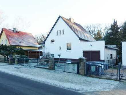 Kleines Einfamilienhaus mit herrlichem Garten in Falkensee