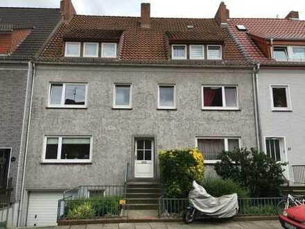 Helle 2-Zimmer Wohnung im Hochparterre in Gröpelingen