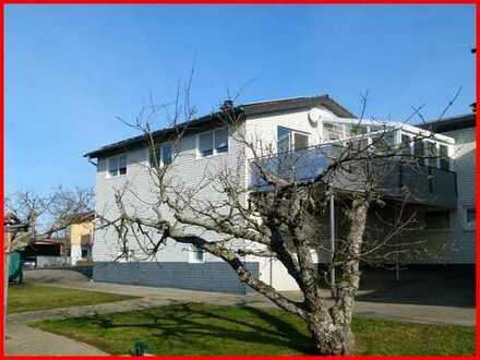 Sie brauchen Platz für Ihr Hobby und Freizeit? Dieses Wohnhaus sucht neue Eigentümer...