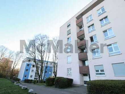 Hell, modern und geräumig: Gepflegte 4-Zi.-Wohnung mit 2 Balkonen in Frankfurt-Niederursel