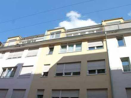 Chice, sonnige Maisonette-Wohnung mit Dachterrasse, bezugsfrei, auch ideal zu vermieten