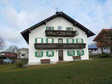 großzügiges Bauernhaus mit freiem Blick