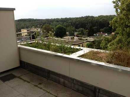 Helle 4-Zi-Whg mit 2 Balkone in HDH-Mittelrain-Terrassenhaus!
