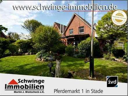 SCHWINGE IMMOBILIEN Stade: Doppelhaushälfte Baujahr 1997 mit hochwertiger Ausstattung.