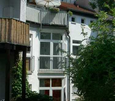 Toplage BN-Poppelsdorf: 120 qm-Maisonette - alles offen - mit riesen Dachterrasse + Einbauküche