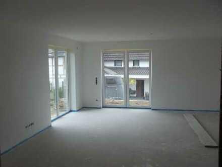 Erstbezug: Bungalow 2,5-Zimmer-Terrassenwohnung mit Balkon in 53819 Eischeid