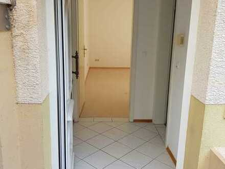 Helle, vollständig renovierte 2-Zimmer-Wohnung zur Miete in Schriesheim