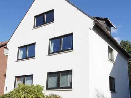 Hochwertige 60 qm 3-Zimmer-Wohnung mit Balkon und Einbauküche in Burgdamm