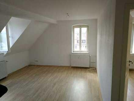 3 Zimmer Dachgeschoss-Altbauwohnung mit Flair in Höfingen