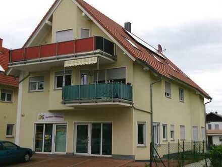 Kleine Gewerbeeinheit mit Schaufensterfront in gut frequentierter Lage von Lingenfeld