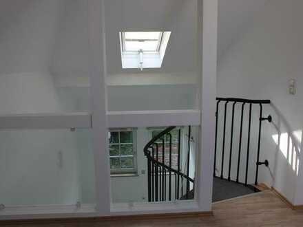 Gepflegte 2-Zimmer-Maisonette-Wohnung mit Einbauküche in Regensburg