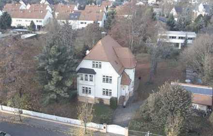 Schöne Villa zu vermieten, 1.938 €, 220 m², 5 Zimmer