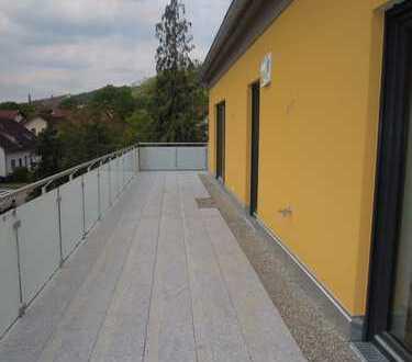 ERSTBEZUG - 4 ZKB Penthouse-Wohnung mit Dachterrasse und TG-Stellplätzen in Bestlage von Beilngries