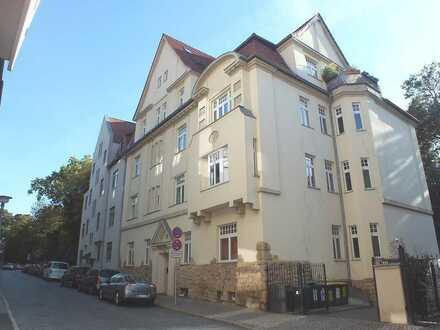 Wunderschöne Wohnung direkt an Reichardts Garten
