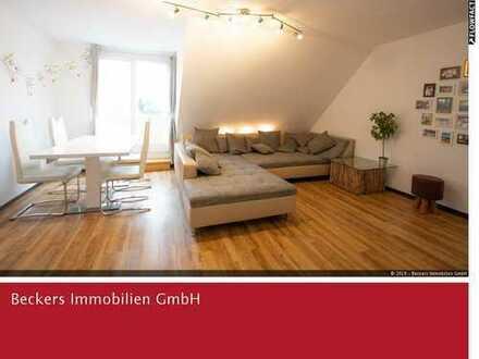 Sonnige Dachgeschoss-Maisonettewohnung in Wahn