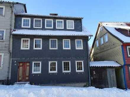 Kleines Haus komplett zu vermieten