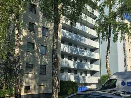 Delmenhorst // Renovierte 2-ZKB-Wohnung mit Balkon zu vermieten