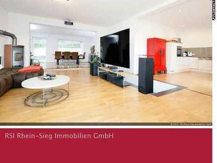 Großzügiges, teilmodernisiertes Einfamilienhaus auf einem Waldrandgrundstück in Kaldauen!