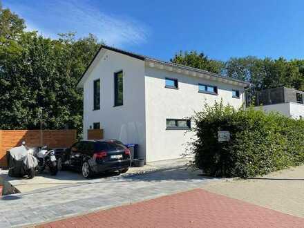 * modernes und neuwertiges Einfamilienhaus zur Miete in sehr beliebter Lage *