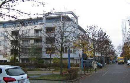 Barrierefreie, sehr helle, 2-Zimmer-Wohnung mit Balkon