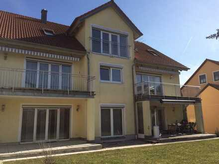 Keine WG! Helle 3-Zimmer-Wohnung mit EBK & Balkon in Regensburg - Weichs