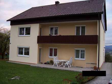 Gepflegte 4-Raum-Terrassenwohnung mit Balkon in Waldkirchen