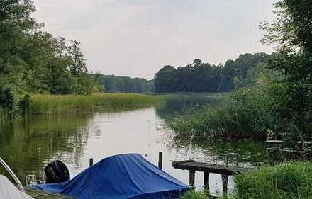 Gemütliches Ferienhaus in Wassernähe in Fürstenberg/Havel