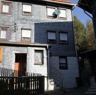 Kleines Einfamilienhaus (Doppelhaushälfte) mit kleinem Grundstück in Masserberg /OT