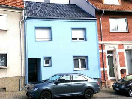 Zweifamilienhaus Ideal für Kapitalanleger und Investoren