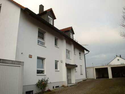 3 Zimmer Wohnung mit Balkon, Garage und Kellerabteil