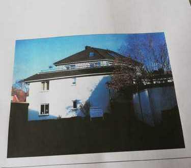 Neuwertige 3,5-Zimmer-Penthouse-Wohnung mit Galerie und gr. Terrasse
