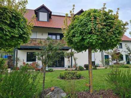 Schönes Haus mit sechs Zimmern in Unterhausen