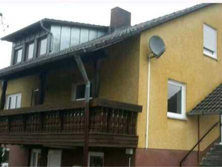 Saniertes 6-Zimmer-Einfamilienhaus mit EBK in Birgland, Birgland