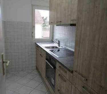 3 Zimmerwhg., Küche, Bad, Balkon in ruhiger Lage - 10 min ins Stadtzentrum