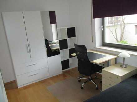 Modernes 12 qm Zimmer in Hepberg nahe Audi zu vermieten