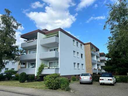 Erstbezug nach Renovierung: Helle 3-Zimmer-Wohnung mit Balkon in ruhiger Seitenstraße