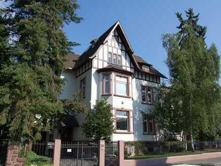 Altbauwohnung mit Garten nach Grundsanierung in Jugendstilvilla in Toplage