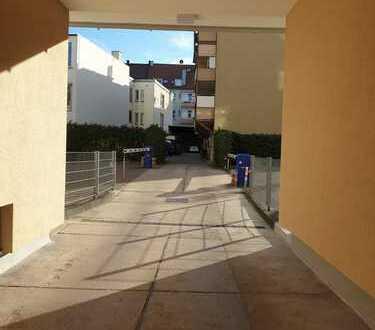 Exklusive, gepflegte 3-Zimmer-Wohnung mit Balkon in 70176, Stuttgart