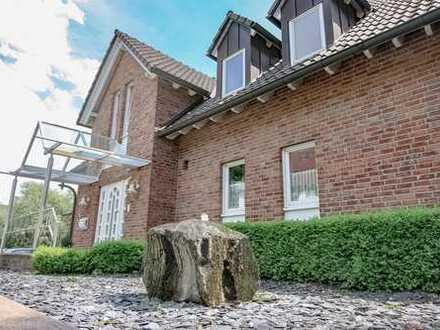 Wohnträume leben! Exklusives Einfamilienhaus mit Einliegerwohnung!
