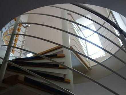Helle 3-Zimmer-Maisonette-Wohnung mit Balkon und EBK in Potsdam Golm