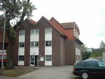 Dachgeschosswohnung im Sechsfamilienhaus