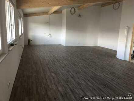 Erstbezug: Moderne sehr helle Bürofläche in Allmersbach zu vermieten