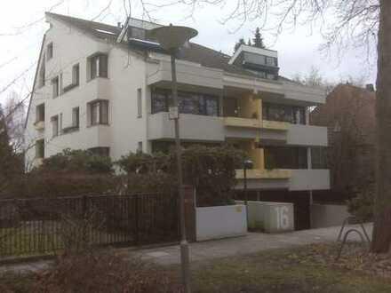 Freundliche 3-Zimmer-Wohnung mit Balkon und EBK in Bremen Schwachhausen