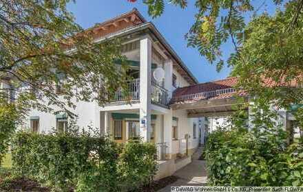 Nur noch Einziehen! - Möbliertes 1-Zimmer-Apartment mit kleinem Balkon (M-94072-Pap15)