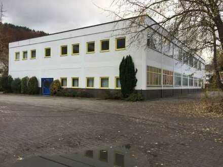 Werkstattgebäude in Bad Berneck zu verkaufen. Jährl. Mieteinnahmen 34.300,00 € Netto